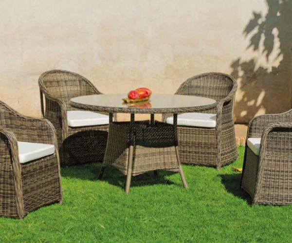 conjunto mesa redonda y sillones para jardin